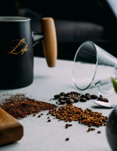 La finesse de mouture de grains de café possible avec une cafetière à grains
