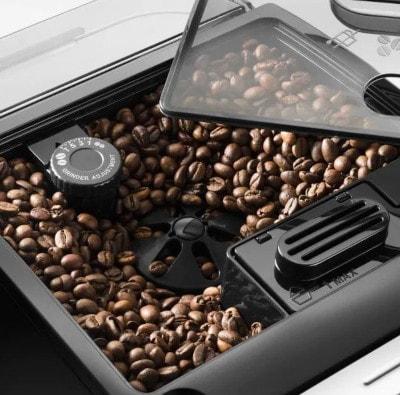 Broyeur à grains pour un café fraichement moulu